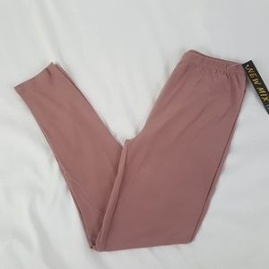 NWT Leggings One Size